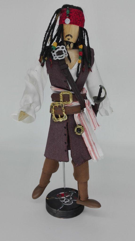 Jack Sparrow. Piratas del caribe, La Maldición de la Perla Negra.